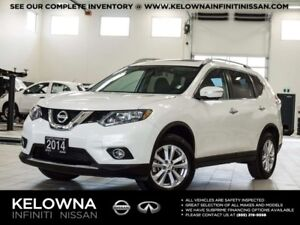 2014 Nissan Rogue SV AWD w/Family Tech Package