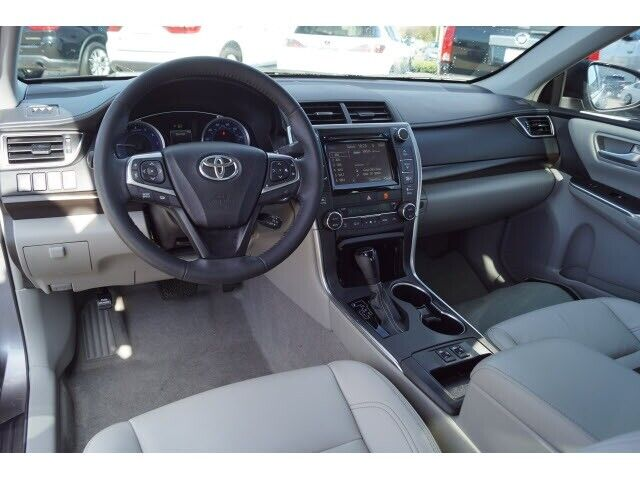 Image 9 Voiture Asiatique d'occasion Toyota Camry 2015