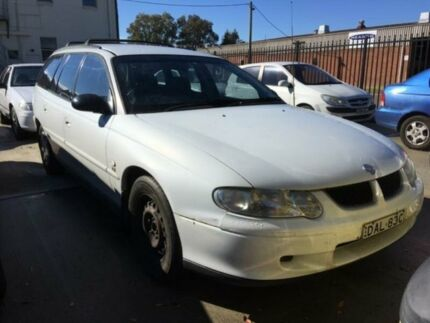 2002 Holden Commodore VX II Acclaim White 4 Speed Automatic Wagon Georgetown Newcastle Area Preview