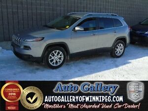 2015 Jeep Cherokee North *Low Kms!