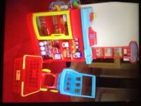 Early Learning Centre Shop with Trolly, plus Leap Frog count and scan plus accessories