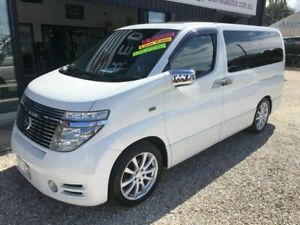 2004 Nissan Elgrand E51 Highway Star White 5 Speed Automatic Van Arundel Gold Coast City Preview