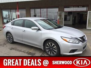 2016 Nissan Altima 2.5 SV Accident Free,  A/C,