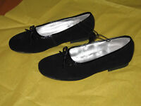 Girl's Black Suede Dress Shoes - Size 3 (New)