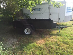 4ft x 8ft Utility Trailer FOR SALE (Like New)
