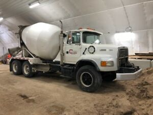 1995 Ford mixer truck