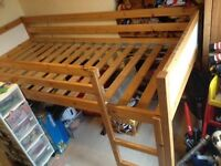 Single Bed, Childs Cabin Style Bed.