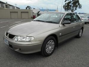 2001 Holden Commodore VX Executive Gold 4 Speed Automatic Sedan Maidstone Maribyrnong Area Preview