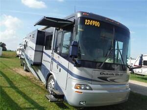 2005 Newmar Dutch Star 4009 40' Class A Diesel pusher - 3 slides