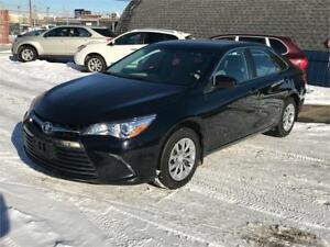 2015 Toyota Camry LE *FACTORY WARRANTY*