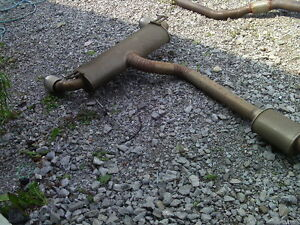 G35 EXHAUST MID PIPE MUFFLER W/FLEX PIPES $100.00