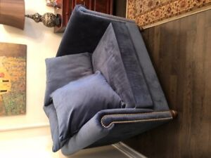 Beautiful Bombay Accent Chair!