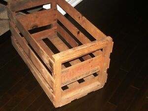1940s-50s BUXOM MELONS CRATE BOX Rare Full Size NOT MINIATURE Kitchener / Waterloo Kitchener Area image 3