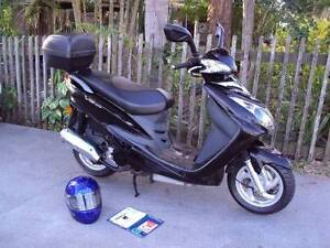 Sym Vs125 In  excellent condition, top box  new tyres. RWC.  2008 Camp Hill Brisbane South East Preview