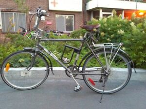 Vélo de ville Adulte VéloSport Yukon 21 vitesses