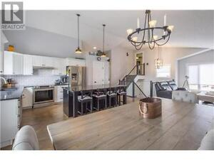 OPEN HOUSE SUNDAY Georgeous 5 br home W/ Legal suite 2 yr old
