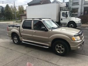 2005 Ford Explorer Sport Trac Adrenalin