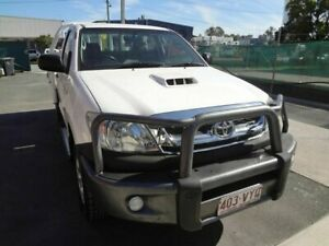 2011 Toyota Hilux KUN26R MY11 Upgrade SR (4x4) White 5 Speed Manual Cab Chassis Coopers Plains Brisbane South West Preview
