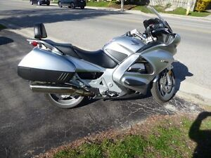 Honda ST1300 sports touring 125 HP