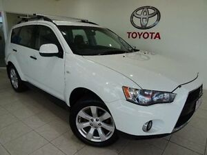 2011 Mitsubishi Outlander ZH MY11 LS (FWD) White 5 Speed Manual Wagon Parramatta Park Cairns City Preview