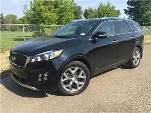 2016 Kia Sorento SX   **LEATHER-NAV-SUNROOF**