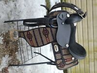 16 IN WESTERN SYNTHETIC SADDLE/ SOUTH WESTERN DESIGN