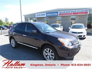 2013 Nissan Rogue SV, All Wheel Drive, Sunroof, Bluetooth, Nav