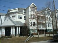 MISSION 4th ST **CLOSE TO RIVER** and SHOPPES!!!