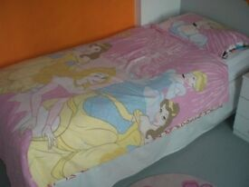 DISNEY PRINCESSES DUVET COVER PLUS PEPPA PIG DUVET COVER BOTH WITH MATCHING PILLOWCASES