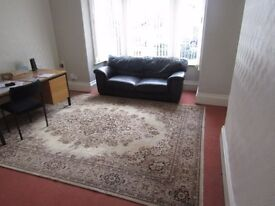 large room to let in shared house all bills included