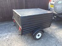 Metal car box trailer with hinged lid