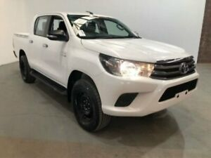 2015 Toyota Hilux GUN126R SR (4x4) White 6 Speed Automatic Dual Cab Chassis Kooringal Wagga Wagga City Preview