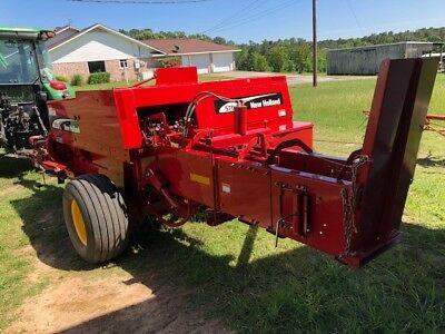 Hay Baler Square Twine 2007 New Holland NH570 - Slightly Used