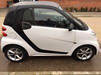 2011 WHITE SMART CAR