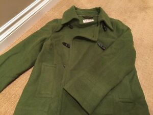 Women's Green Old Navy Peacoat - Perfect for Fall Cambridge Kitchener Area image 1