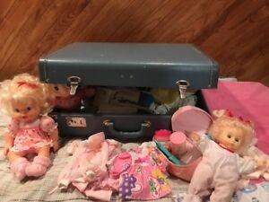 Valise Vintage et poupées de collection