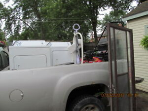 OLD APPLIANCES & ANY KIND OF JUNK METAL