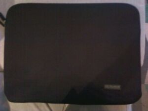 Brand new Nextech NT0061 Laptop Protective Sleeve