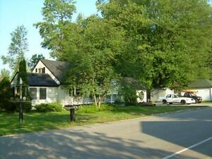 House, Lakeview, Gilford, Innisfil, Beach Rd. Estate Sale.
