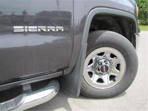 2014 GMC Sierra 1500 4WD|V6|Assist Steps|Tonneau Cover|Bedliner Peterborough Peterborough Area image 5