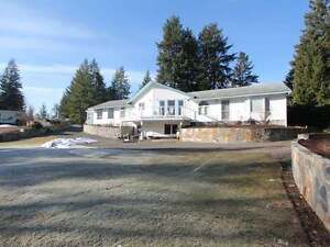 WATERFRONT in Barriere; 4Bdrm 3Bth home on 5 Acres