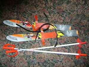 CHILDS HOT WHEELS SKIS