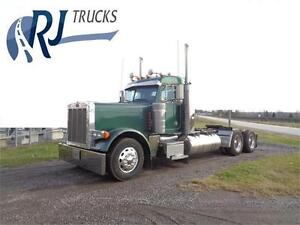 "2004 PETERBILT 379 DAYCAB , CAT C-15 ENGINE, 244"" WHEEL BASE"