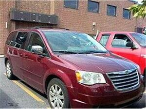 2008 CHRYSLER TOWN N COUNTRY TOURING, REDUIT 5980$ 514-817-0095