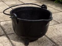 Garden cauldron with original handles and feet. Excellent conditions