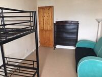 Room in central Brighton (Kemptown area) ALL INCLUDED **Only 2 WEEKS DEPOSIT**