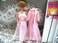 1962 BLONDE BUBBLE CUT BARBIE,PINK 965,SHOES,STAND,BOX,BKLT