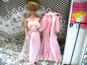 1962 BLONDE BUBBLE CUT BARBIE,PINK 965,SHOES,STAND,BOX,BKLT