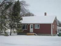 House with large lot for rent in Dauphin, MB (Water included)