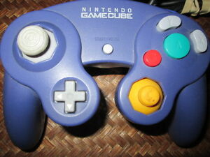 ***NINTENDO GAMECUBE+WII CONTROLLER IN PERFECT CONDITION!!!***